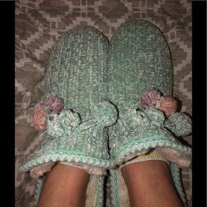 Women's Muk Luks Memory Foam Pom Pom Slippers